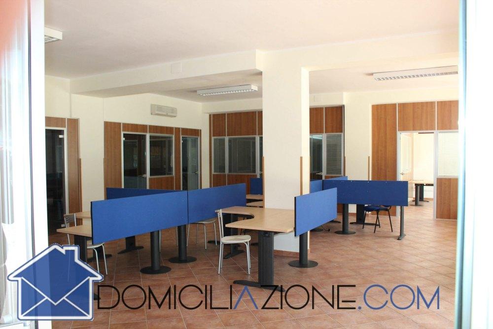 Uffici arredato condiviso Amantea Cosenza - domiciliazione.com